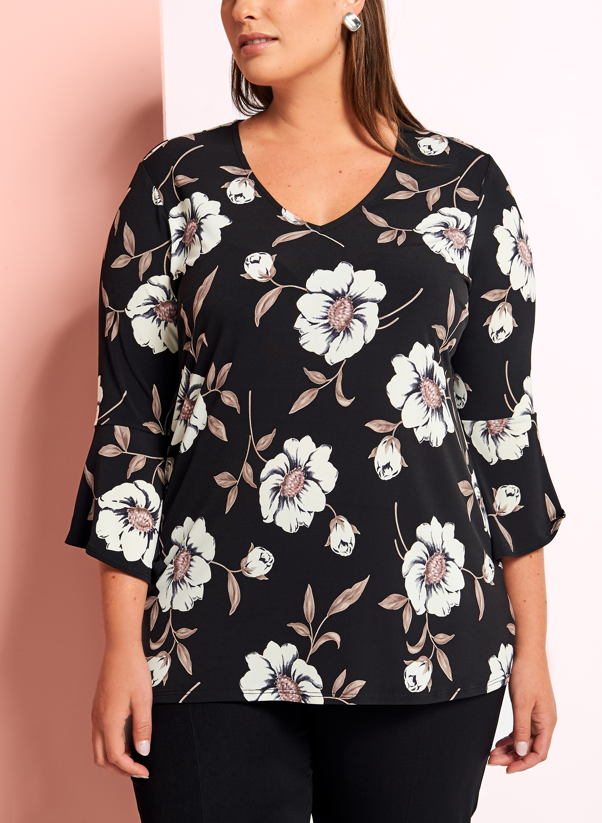 Floral Print 3/4 Bell Sleeve Top