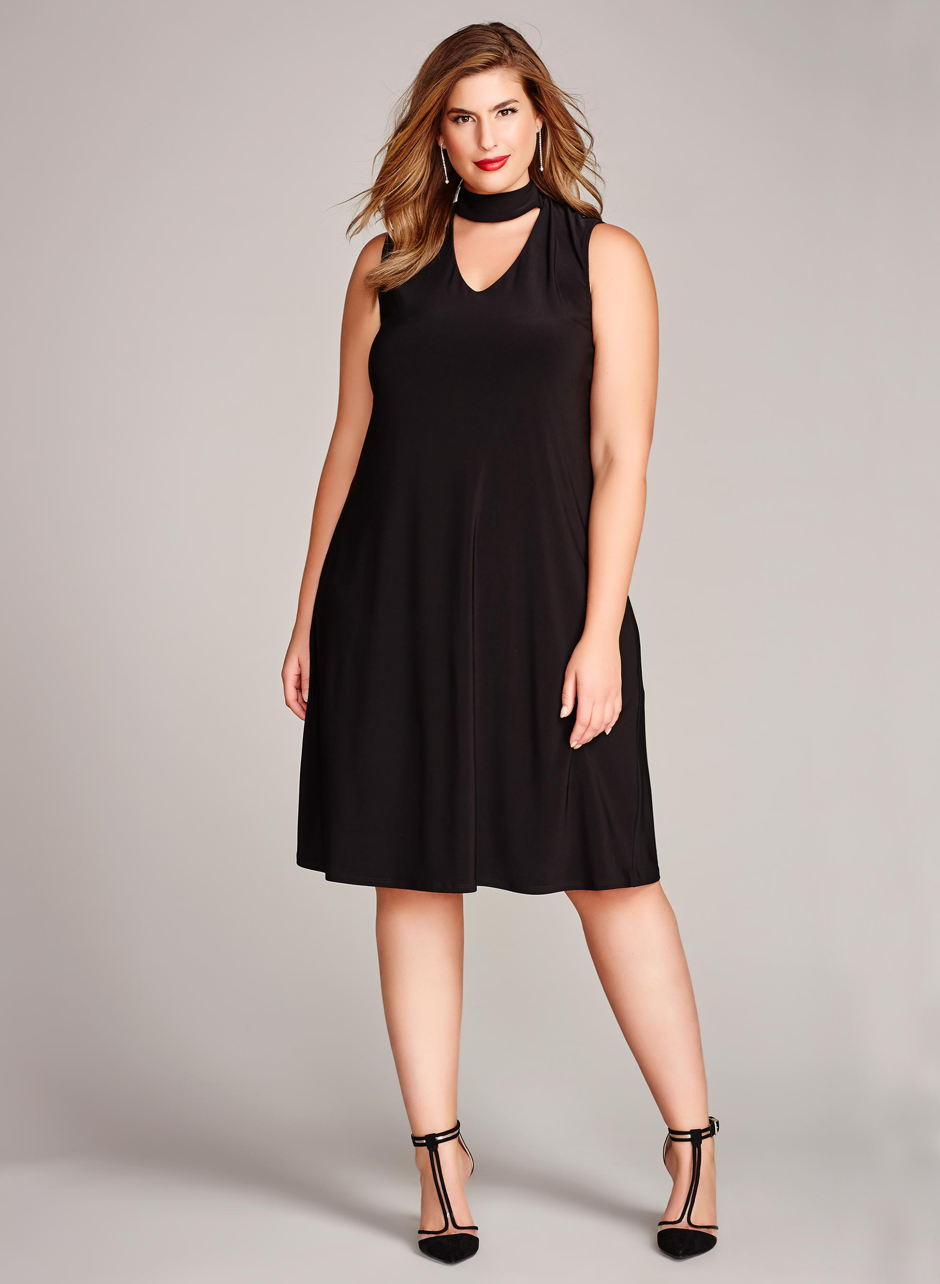 Choker Neck Trapeze Dress