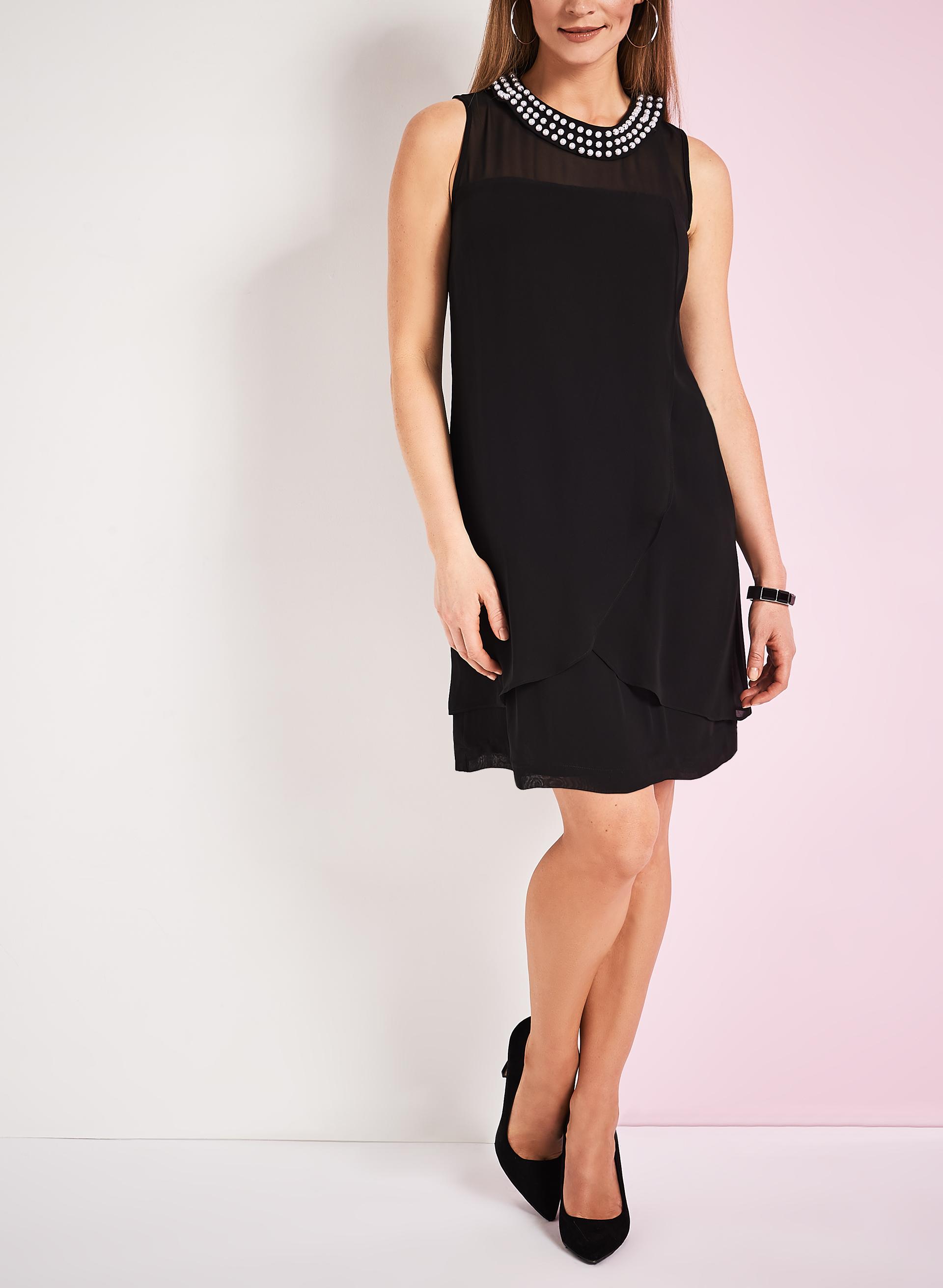 robe filet avec col de perles amovible livraison gratuite laura. Black Bedroom Furniture Sets. Home Design Ideas