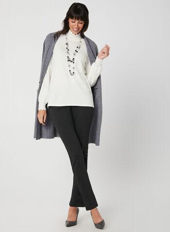 Pull en tricot à effet texturé, Blanc cassé,  automne hiver 2019, col cheminée, tricot, manches longues, bouffant