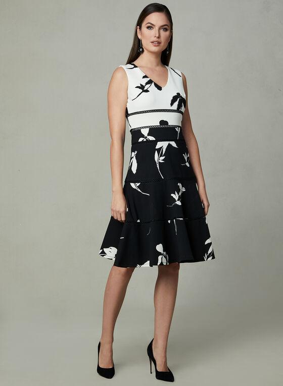 Robe contrastante à fleurs et détails crochet, Noir, hi-res
