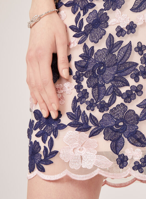 Robe fourreau avec broderies florales , Bleu, hi-res