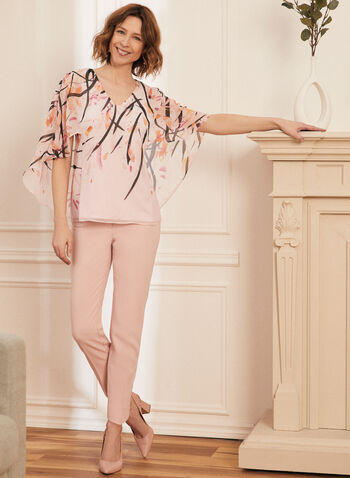 Blouse en mousseline fleurie style cape, Violet,  blouse, cape, mousseline, fleurs, col v, printemps été 2020