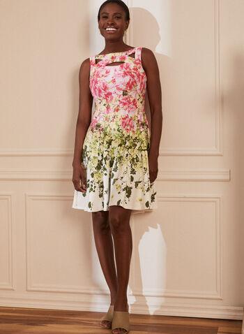 Robe fleurie à détail troué, Blanc,  robe, encolure dégagée, détails troués, sans manches, floral, fleuri, ajustée, évasée, printemps été 2021