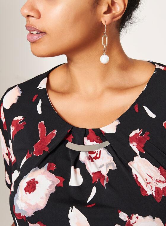 Haut fleuri à manches courtes avec détail bijou, Noir, hi-res