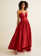 Robe de bal sans manches en satin, Rouge