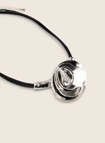 Short Oval Pendant Necklace , Silver,  necklace, short, oval, leather, cord, metal, spring summer 2020