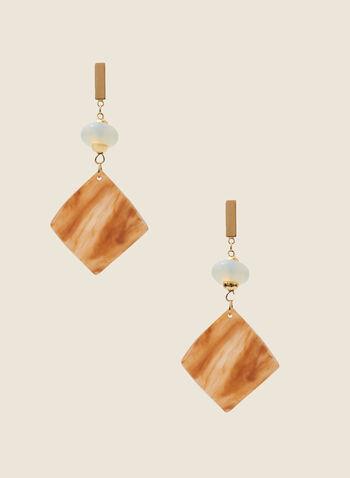 Boucles d'oreilles avec pendants carrés en résine, Brun,  boucles d'oreilles, carrées, pendant, résine, perles, printemps été 2020