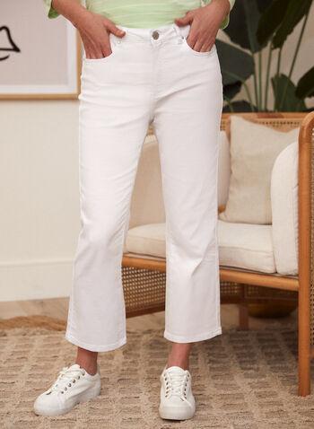 Pantalon en denim à jambe évasée, Blanc,  pantalon, jean, fait au canada, taille mi-haute, jambe évasée, bouton, glissière, ganses, poches, rivets métalliques, denim extensible, printemps été 2021