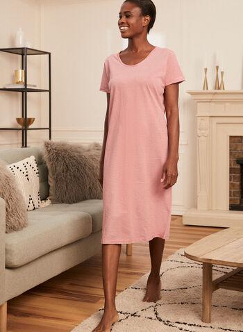 Chemise de nuit à motif rayures, Rouge,  pyjama, chemise de nuit, motif à rayures, imprimé, manches courtes, encolure dégagée, col dégagée, printemps été 2021