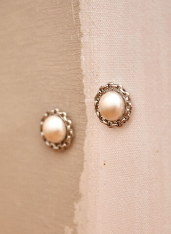 Boucles d'oreilles à perles , Blanc cassé,  printemps été 2021, accessoires, bijoux, boucles d'oreilles, perles, nacré, maillons, rond, tige