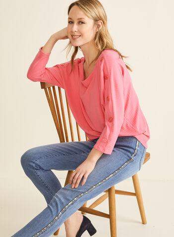 Haut en tricot côtelé à manches dolman, Rose,  haut, col dégagé, manches dolman, tricot côtelé, boutons, printemps été 2020