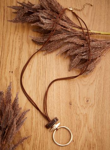 Collier à corde avec pendentif anneau, Brun,  accessoires, bijoux, collier, pendentif, anneau, superposition, billes, double corde, suède, ajustable, automne hiver 2021