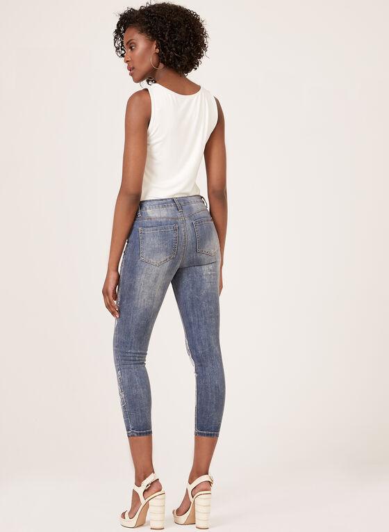 GG Jeans – Floral Embroidery Capri Jeans, Blue, hi-res