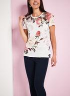 T-shirt à fleurs épaules en crochet, Blanc, hi-res
