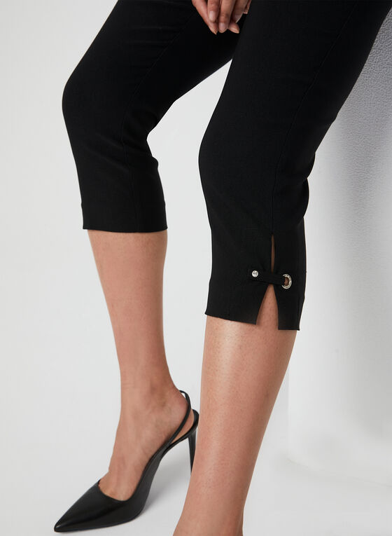 Modern Fit Slim Leg Capris, Black