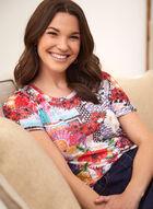 T-shirt à motif fleurs et patchwork, Rouge