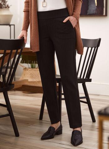 Pantalon à enfiler à fines rayures, Noir,  automne 2021, pantalon, pull-on, modèle à enfiler, jambe droite, taille haute, poches obliques, poches latérales, 2 poches devant, motif, imprimé, rayures, rayé