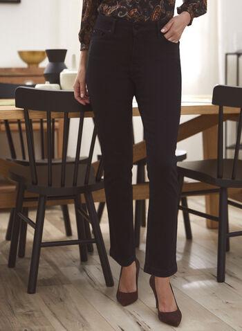 Jean à jambe étroite et détail de cristaux, Noir,  pantalons, pantalon, bas, jeans, jean, taille mi-haute, jambe étroite, ganses pour ceinture, poches, rivets métalliques aux poches, détail subtil, cristaux, denim extensible, automne hiver 2021