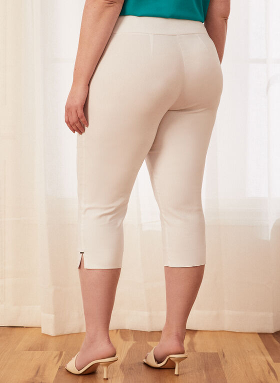 Bengaline Pull-On Capri Pants, White