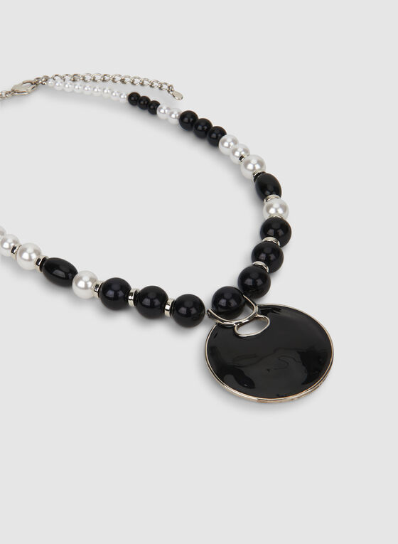 Two-Toned Pearl Necklace, Black