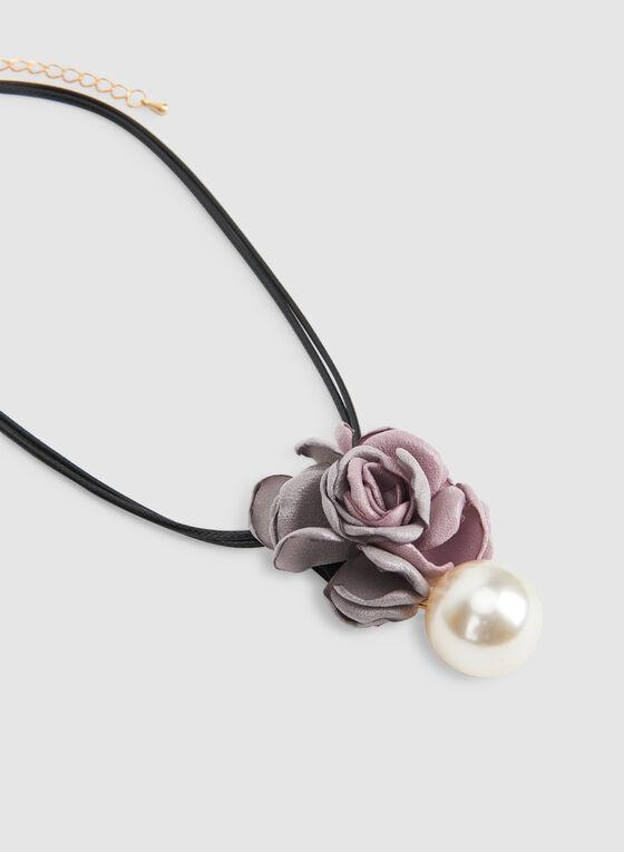 Collier court à pendant fleur et perle, Blanc cassé