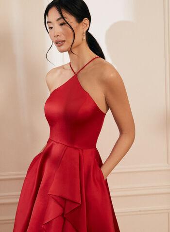 Robe satinée à jupe volantée, Rouge,  printemps été 2021, robe, robe de soirée, occasion, satin, sans manches, bretelles, volants, ajusté, évasé, volume
