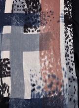 Foulard à rayures en coups de pinceau, Bleu, hi-res