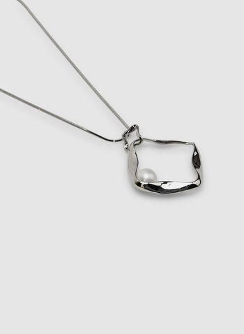 Pearl Pendant Necklace, White,  Spring 2019, metallic finish, pendant