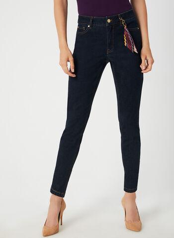 Jeans coupe signature à détail porte-clefs, Bleu, hi-res,  jeans, jambes étroites, porte-clefs, 5 poches, broderies, automne hiver 2019
