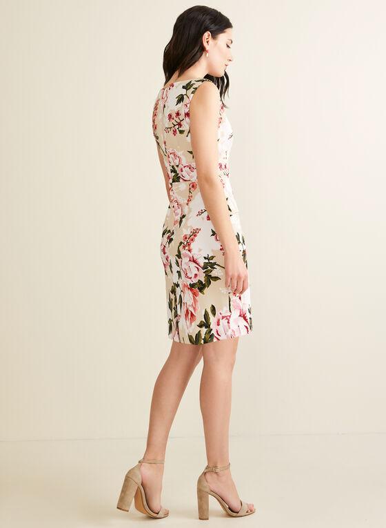 Robe fleurie étagée, Rose