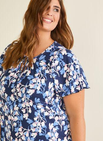 Chemise de nuit motif floral à détail lien, Rose,  pyjama, chemise de nuit, manches courtes, boutons, fleurs, lien, col ajouré, automne hiver 2020