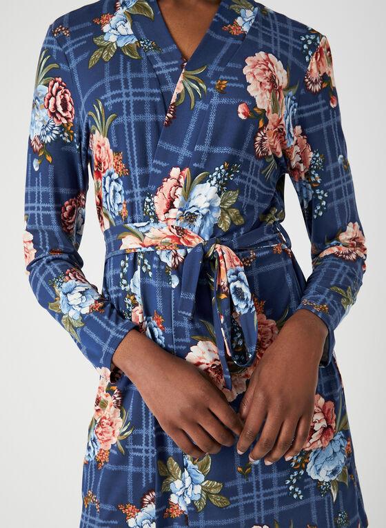 Robe de chambre fleurie, Bleu