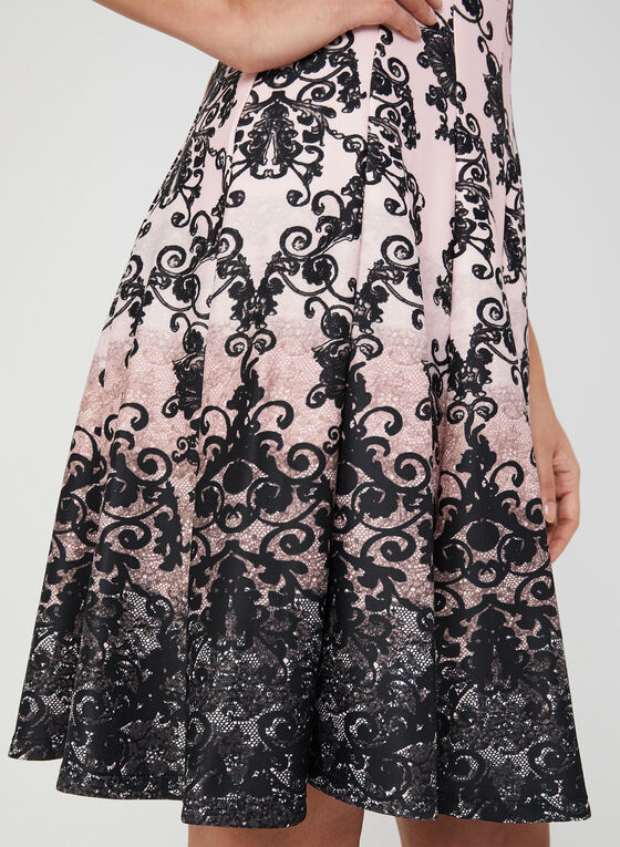 Robe ajustée et évasée à imprimé baroque, Noir, hi-res