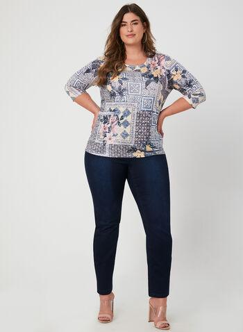 T-shirt à manches ¾ et imprimé patchwork, Bleu, hi-res,  automne hiver 2019, fleurs, floral, motif, motifs, imprimés, jeu de transparence, transparence, encolure ronde