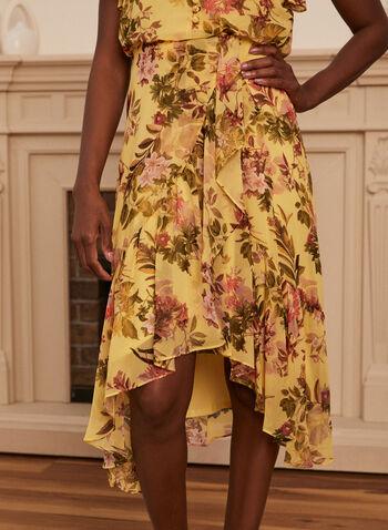 Robe fleurie à volants, Jaune,  robe, encolure V, manches courtes, volants, boutons, ajustée, évasée, asymétrique, floral, fleuri, mousseline, printemps été 2021