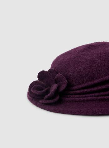 Chapeau cloche en laine et fleur, Violet,  chapeau, cloche, laine, fleur, automne hiver 2019