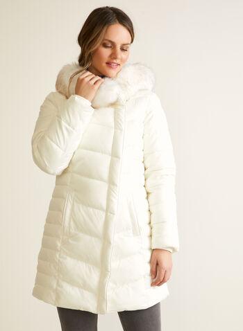 Manteau végane à fermeture asymétrique, Blanc cassé,  automne hiver 2020, manteau, manteau d'hiver, matelassé, duvet, végane, afausse fourrure, poches, similicuir, faux cuir, cuir végane, hydrofuge