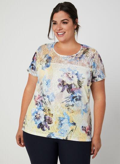 T-shirt fleuri à détail crochet