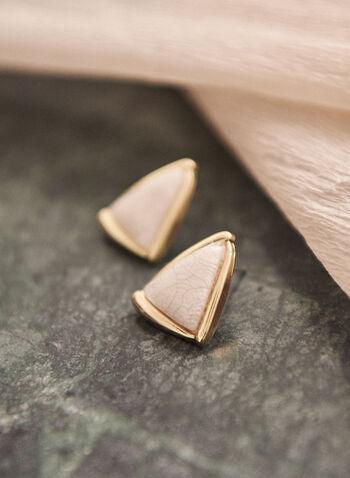 Boucles d'oreilles triangulaires à pierre craquelée, Blanc,  accessoire, bijou, boucles d'oreilles, triangle, triangulaire, pierre craquelée, doré, or, tige, printemps été 2021