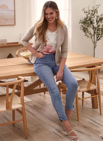 Jeans à jambe étroite et ourlets volantés , Bleu,  jeans, denim, jambe étroite, poches, ourlets, volantés, volants, printemps été 2021