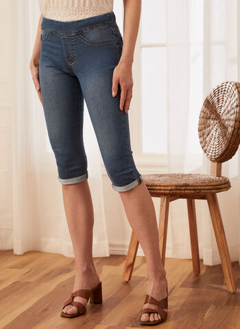 Pull-On Denim Capris, Blue,  capris, pull-on, slim, denim, topstitch, spring summer 2020