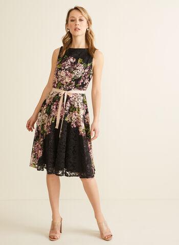 Robe fleurie en dentelle avec ruban, Noir,  printemps été 2020, robe, dentelle, fleurs, fleuri, floral, motif, sans manches, ruban, ajusté, évasé