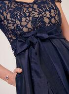 Robe au corsage en dentelle et jupe satinée, Bleu, hi-res
