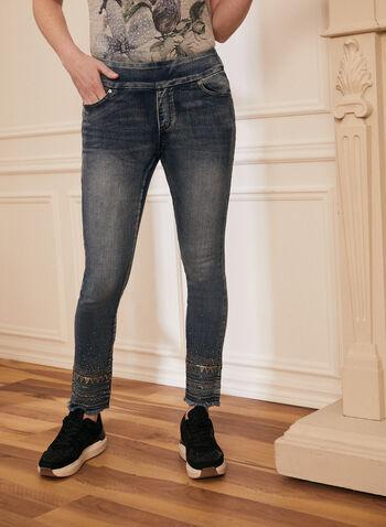 Jeans pull-on à sequins et strass, Bleu,  jeans, jambe étroite, pantalon à enfiler, strass, sequins, ourlets effilochés, poches, cheville, printemps été 2021