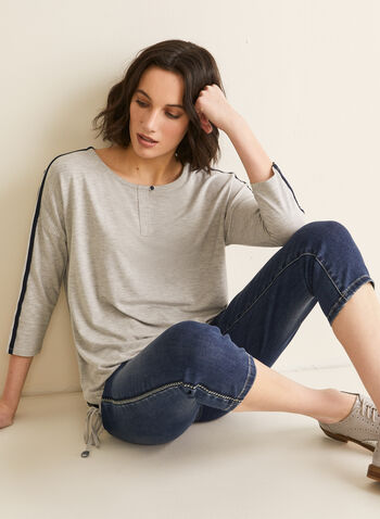¾ Sleeve T-Shirt, Grey,  t-shirt, casual. metallic, stripes, spring top, spring 2020, summer 2020
