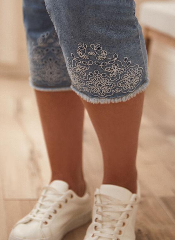 Embroidered Denim Capri Pants, Blue