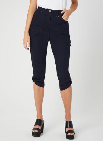 Capri cargo à coupe moderne, Bleu, hi-res,  poches, jambe droite, broderie, printemps 2019