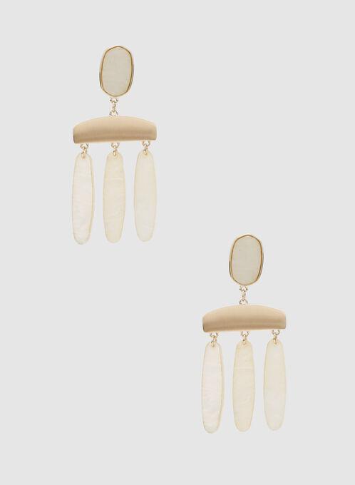 Boucles d'oreilles chandelier en résine, Blanc cassé, hi-res