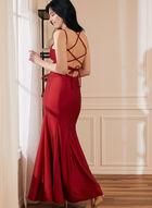 Robe sirène à col cœur et dos lacé, Rouge